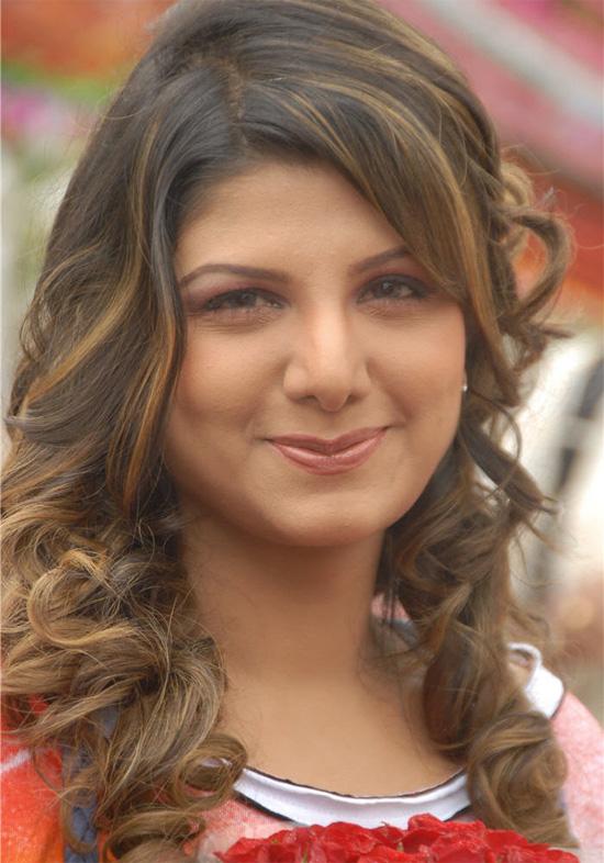 Tamil Actress Ramba hot in jeans stills 3