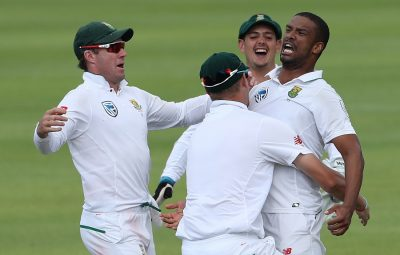 South Africa celebrate the win during day four of the first Sunfoil Test match between South Africa and India held at the Newlands Cricket Ground in Cape Town, South Africa on the 8th January 2018  Photo by: Ron Gaunt / BCCI / SPORTZPICS