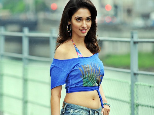 201701161349013853_Actress-Tamannah-loses-her-color-for-Bahubali-movie_SECVPF