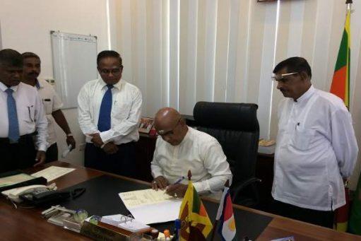 வட மாகாண ஆளுநராக மீண்டும் கடமைகளை பொறுப்பேற்றார் ரெஜினோல்ட் குரே