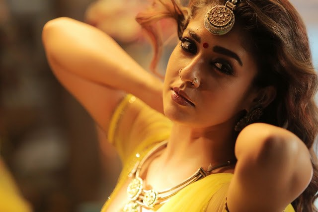 Nayanthara-Hot-Stills-In-Kashmora-1