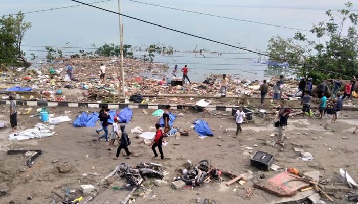 இந்தோனேசியாவில் ஏற்பட்ட சுனாமியில் 30ற்கும் மேற்பட்டோர் உயிரிழப்பு
