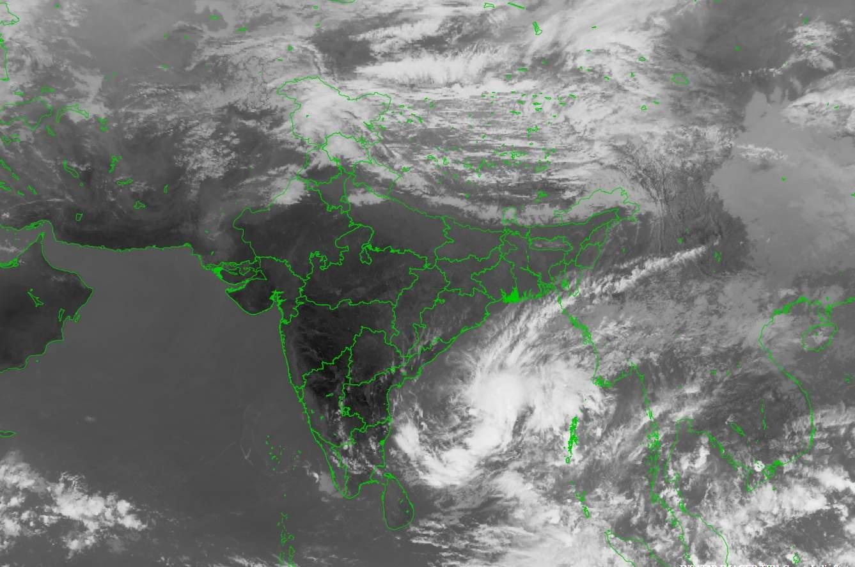 கஜா புயல் இன்று மாலை அல்லது இரவு கரையைக் கடக்கும்-இந்திய வானிலை ஆய்வு மையம்