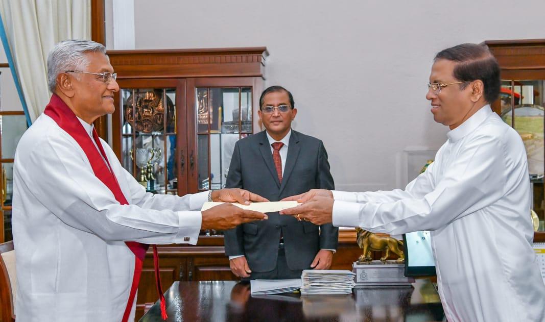மேலும் சில அமைச்சர்கள் இன்று பதவியேற்பு : சுகாதார அமைச்சராக சமல் ராஜபக்ஷ