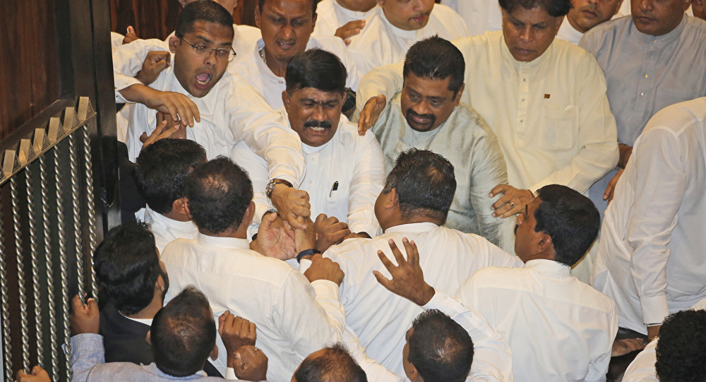 sri lanka parliamant fight
