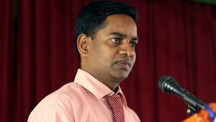 வடக்கு மாகாண ஆளுநர் அச்சுறுத்தியதாக வைத்தியர் சத்தியமூர்த்தி குற்றச்சாட்டு