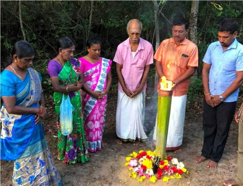 செஞ்சோலை வளாகத்தில் படுகொலை செய்யப்பட்ட மாணவர்களுக்கு அஞ்சலி