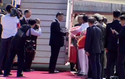 201910111419422627_Chinese-President-Xi-Jinping-arrives-in-Chennai_SECVPF