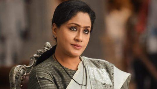 குழந்தை பெற்றுக்கொள்ளாதது ஏன்? – நடிகை விஜயசாந்தி விளக்கம்