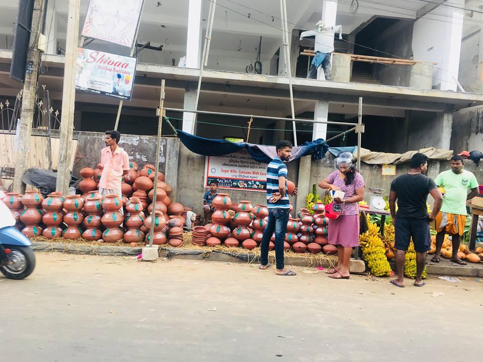 யாழ்ப்பாணத்தில் களை கட்டியுள்ள பொங்கல் வியாபாரம்