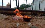 தமிழ் தேசிய மக்கள் முன்னணியினர் நல்லூரில் மாவீரர்களுக்கு சுடர் ஏற்றி அஞ்சலி